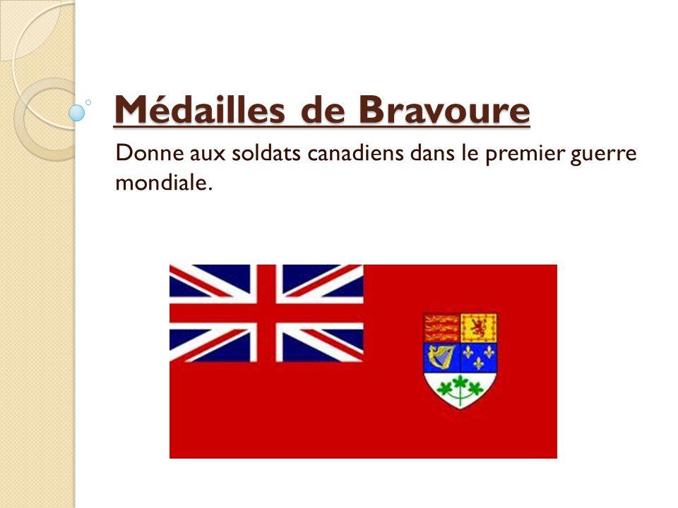 Médailles de Bravoure Donne aux soldats canadiens dans le premier guerre mondiale.