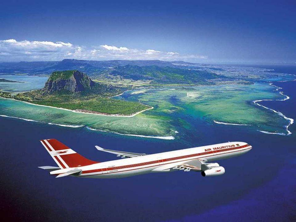 Maurice, autrefois l'île de France, est une île du sud-ouest de l'océan Indien située au cœur de l'archipel des Mascareignes entre la Réunion à l'oues