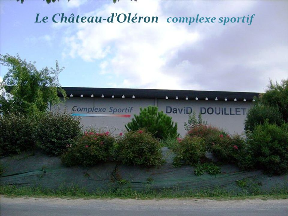 Le Château-dOléron complexe sportif