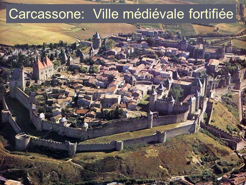Carcassone: Ville médiévale fortifiée
