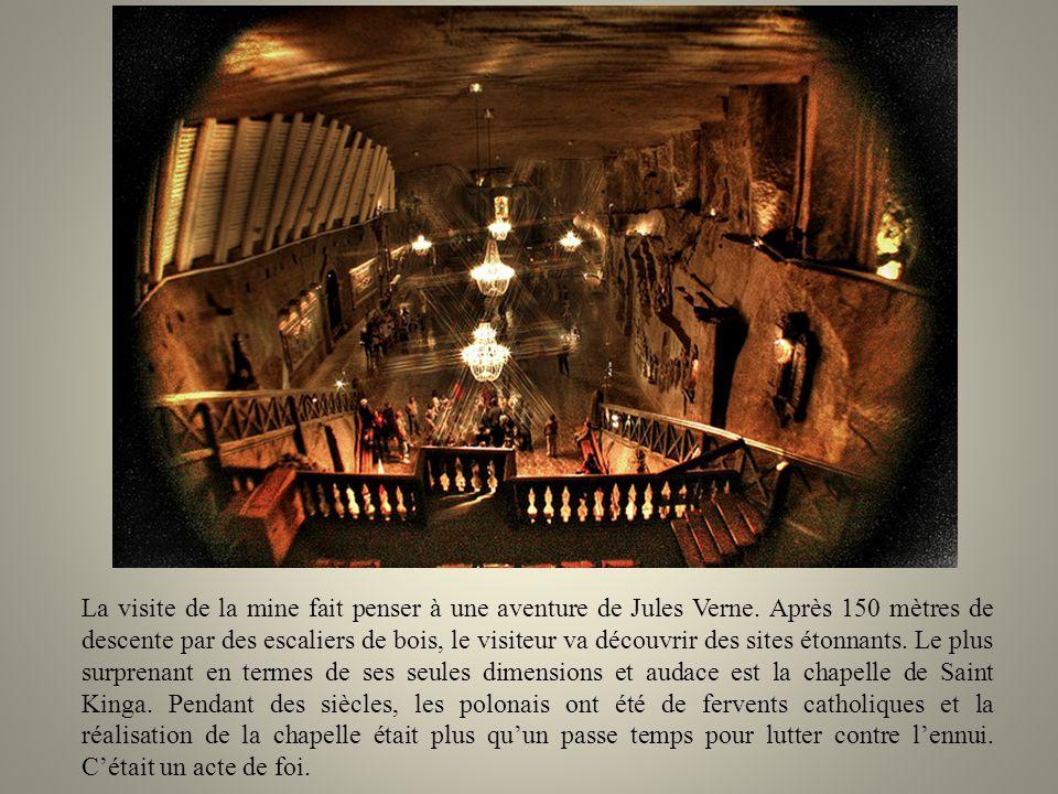 Ils ont même créé leurs propres chapelles pour leurs prières. Peut être que leur héritage le plus étonnant est limmense cathédrale souterraine quils o