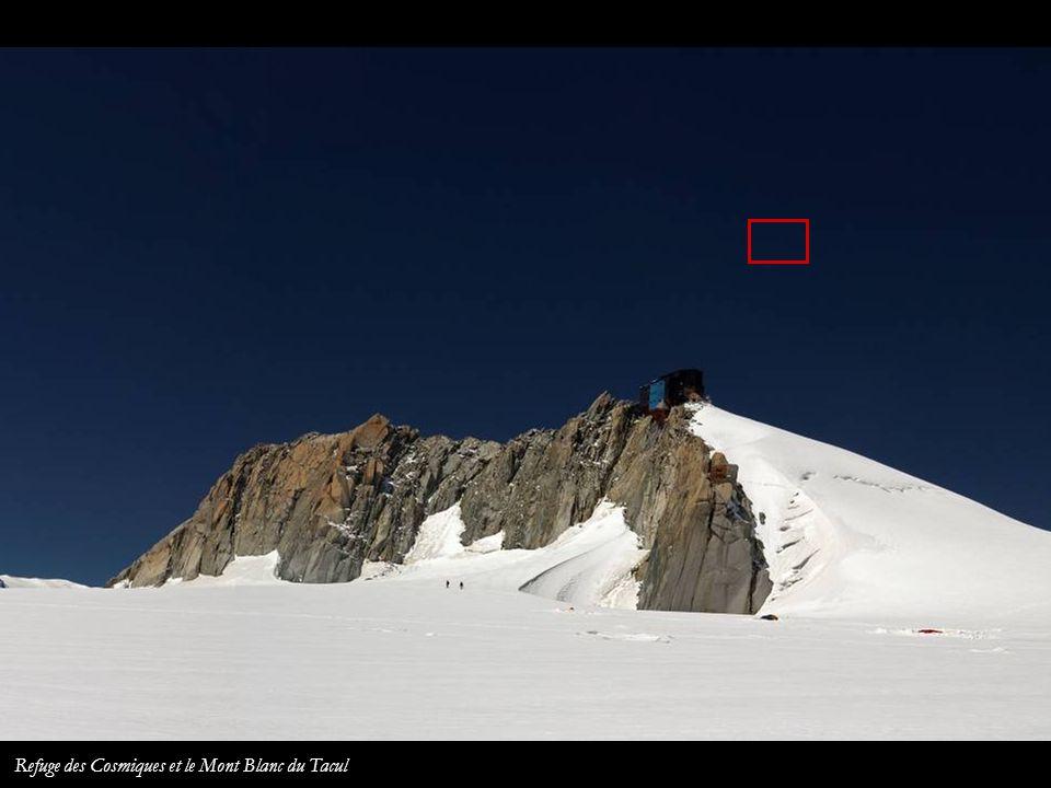 La Ruta de los Cuatromiles depuis lAiguille du Midi Refuge des Cosmiques Mont Blanc du Tacul Mont Blanc Mont Maudit Les Bosses Ref. Vallot Dôme du Goû