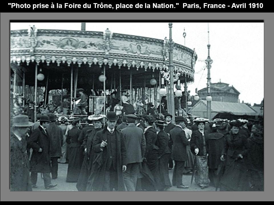 La place d Armes. Metz, France - Août 1934