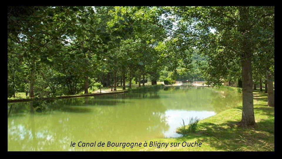 le Canal de Bourgogne à Bligny sur Ouche