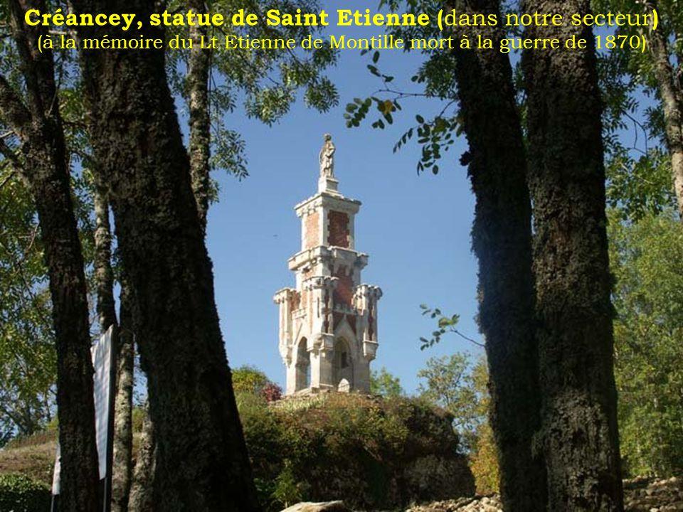 Cathédrale St Etienne à Auxerre de style gothique elle est aussi un monument historique français classé depuis 1840.