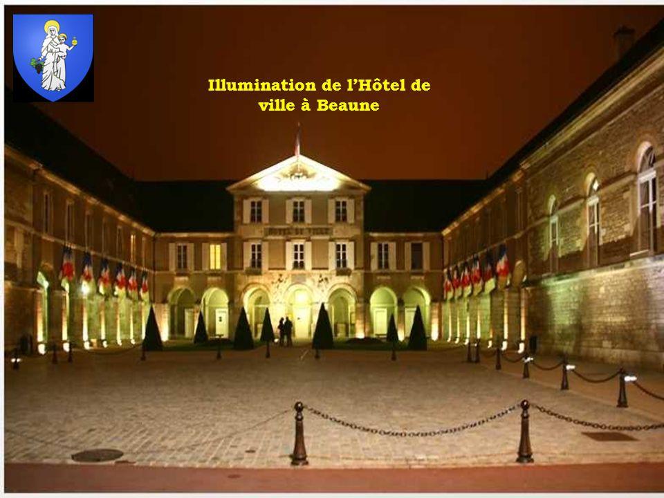 Illumination de lHôtel de ville à Beaune