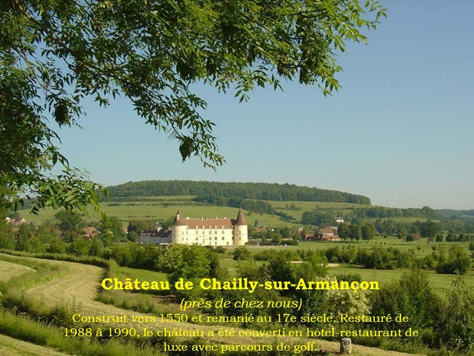 Abbaye de Citeaux : Cloître de la bibliothèque du XVIe siècle (Classé monument historique)