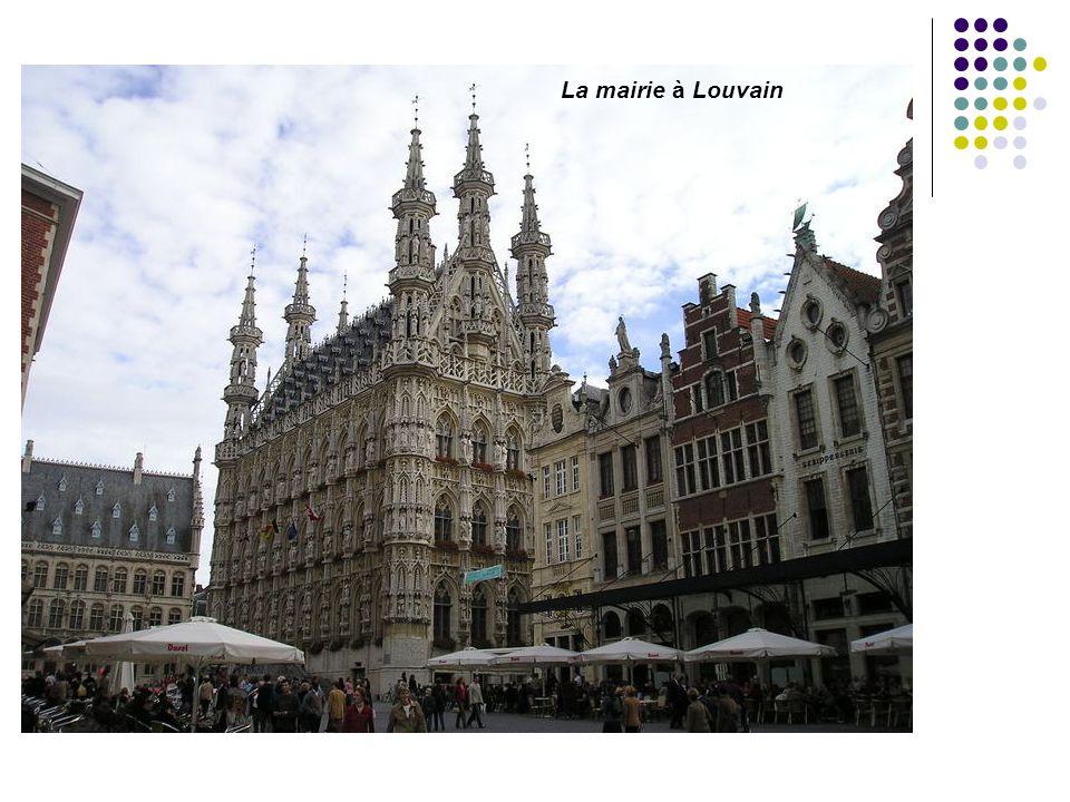 La mairie à Louvain