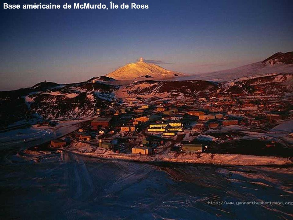 Base américaine de McMurdo, Île de Ross