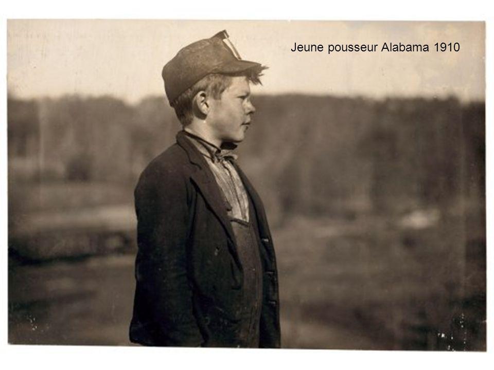 Le petit graisseur de la mine Dora de Jefferson en Alabama avait 14 ans en 1910 et sappelait : Schorpy Higginbotham