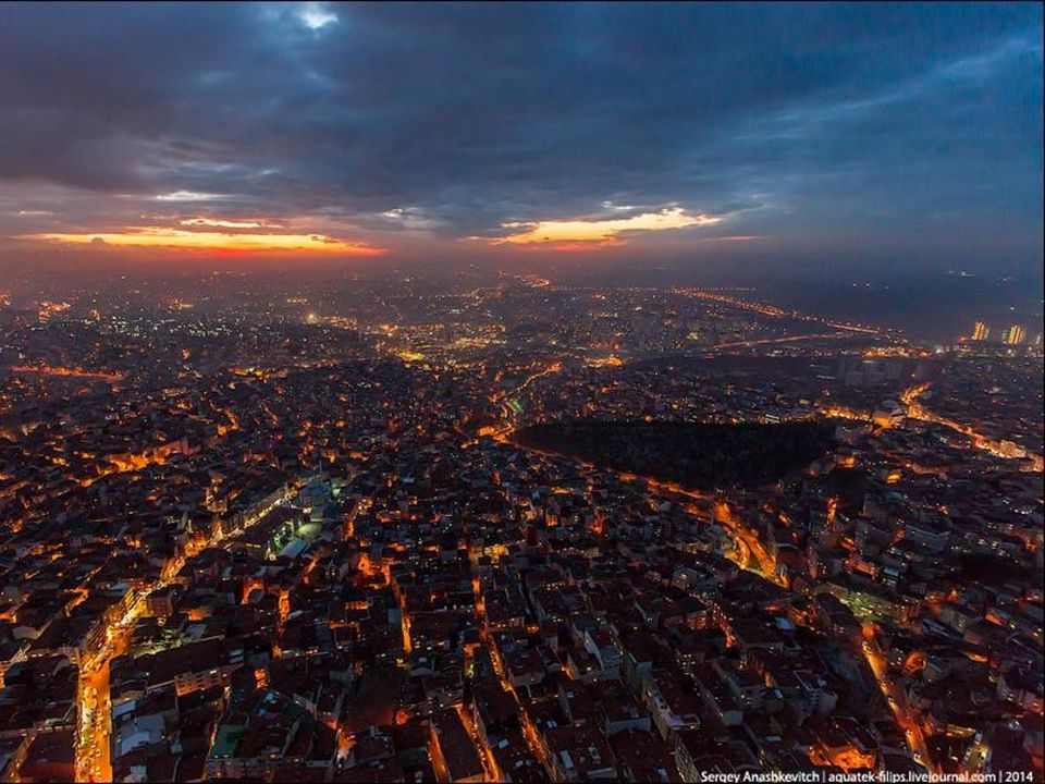 Istanbul bénéficie d un climat tempéré, influencé par des zones continentales, mais aussi par les masses maritimes au nord et au sud.