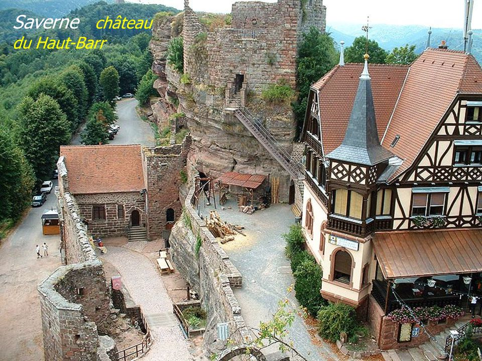 Saverne bâtiment de lOberhof et tour Cagliostro