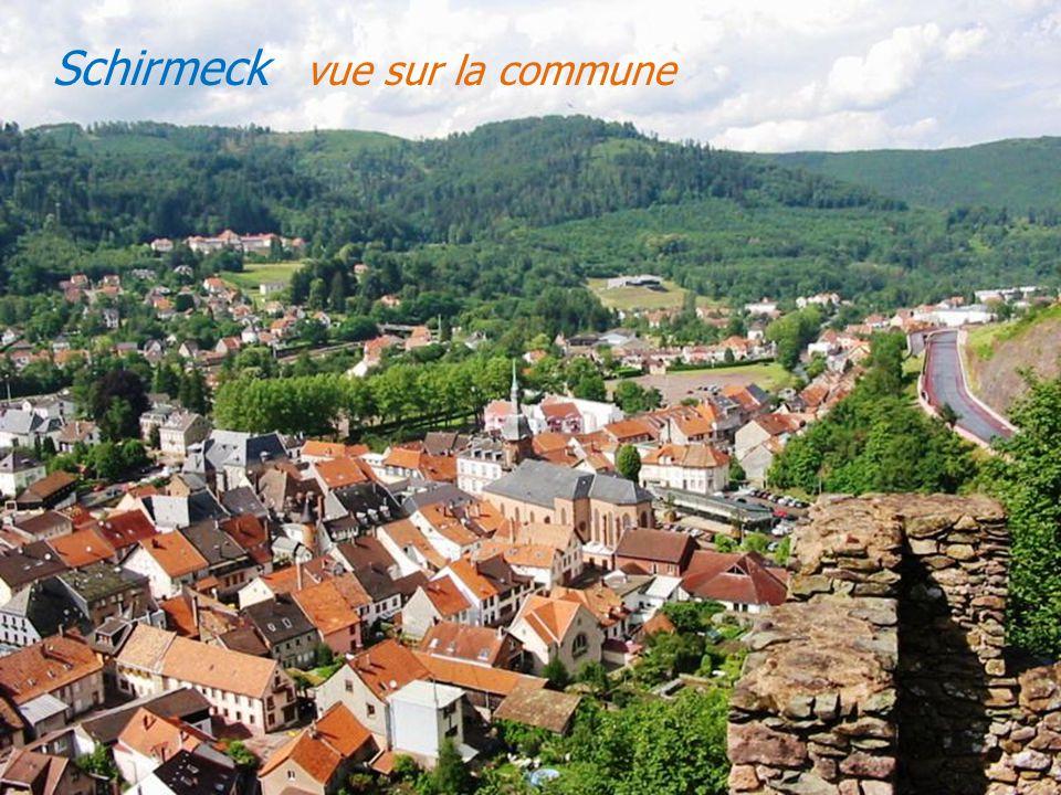 Neuviller-la-Roche le village à flanc de coteau