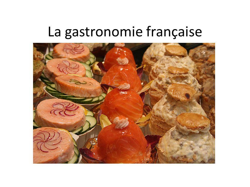 La Picardie Picardie Laissez vous tenter pas les délicieux fruits rouges qui font toute la renommée de la ville de Noyon mais également par le gâteau battu et les macarons d´Amiens.