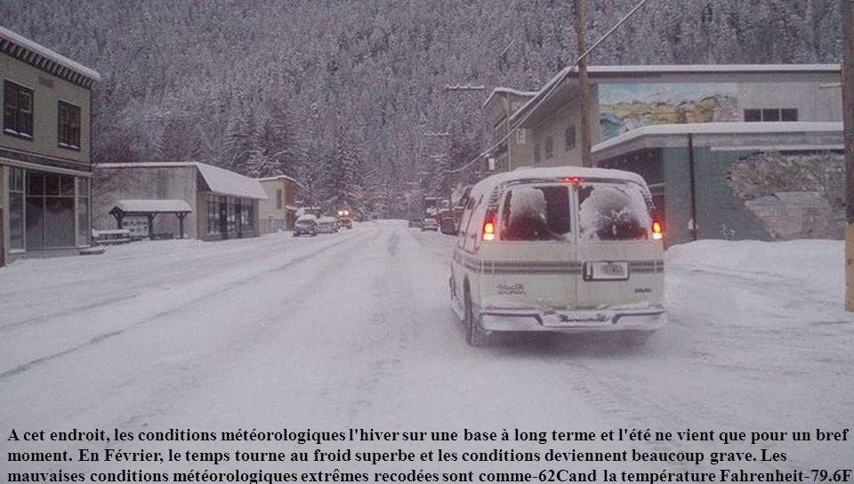 8. Prospect Creek, Alaska: 62,1 °C Au mois de janvier 1971, une température record de -62 ° C y a été enregistrée et le 23 janvier 1975, Prospect Cree