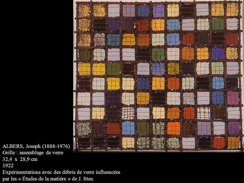 ALBERS, Joseph (1888-1976) Grille : assemblage de verre 32,4 x 28,9 cm 1922 Expérimentations avec des débris de verre influencées par les « Études de