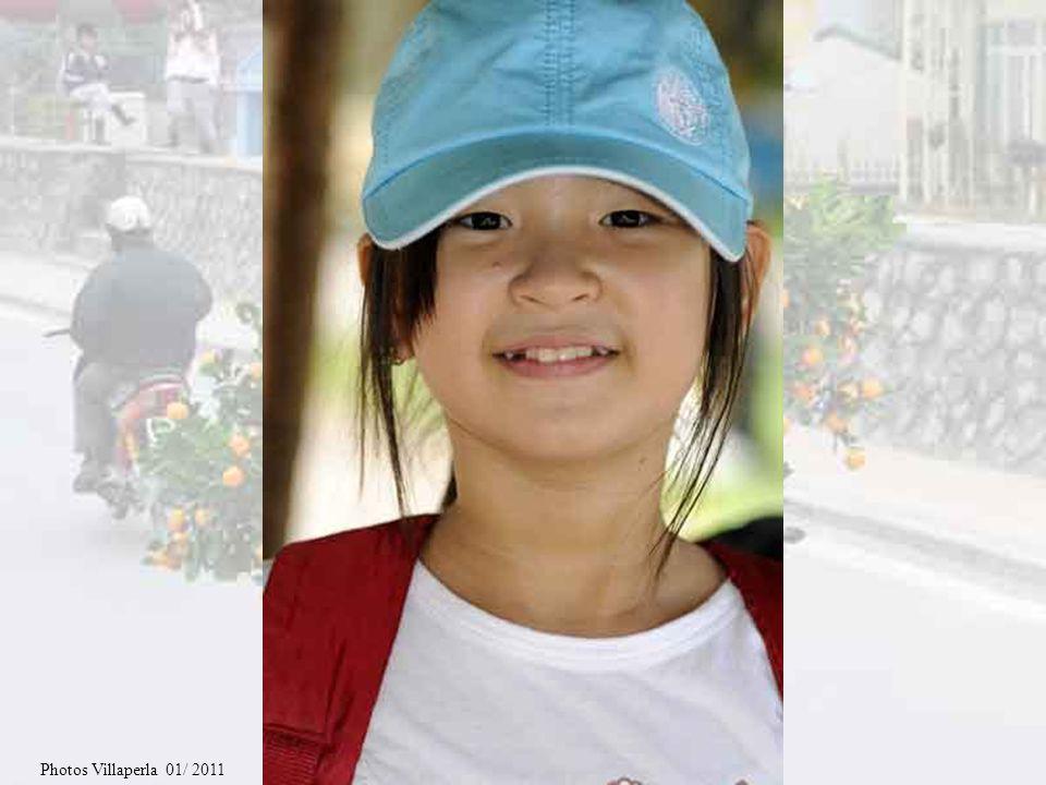 Diaporama littéraire N°78 A la rencontre des vietnamiens Partie 3 / 5 Contes traditionnels Jai fait un voyage au Vietnam en janvier 2011 et jen ai ram