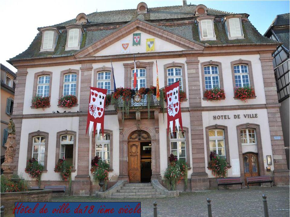 Sous le règne de Peypinn le Bref Le nom de la ville apparaît au 7°siècle Sous la forme baptisée Radbaldovillare Par un document datant de 1804
