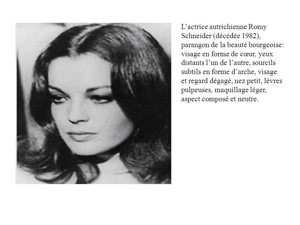 Lactrice autrichienne Romy Schneider (décédée 1982), parangon de la beauté bourgeoise: visage en forme de cœur, yeux distants lun de lautre, sourcils