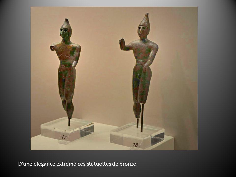 Dune élégance extrème ces statuettes de bronze