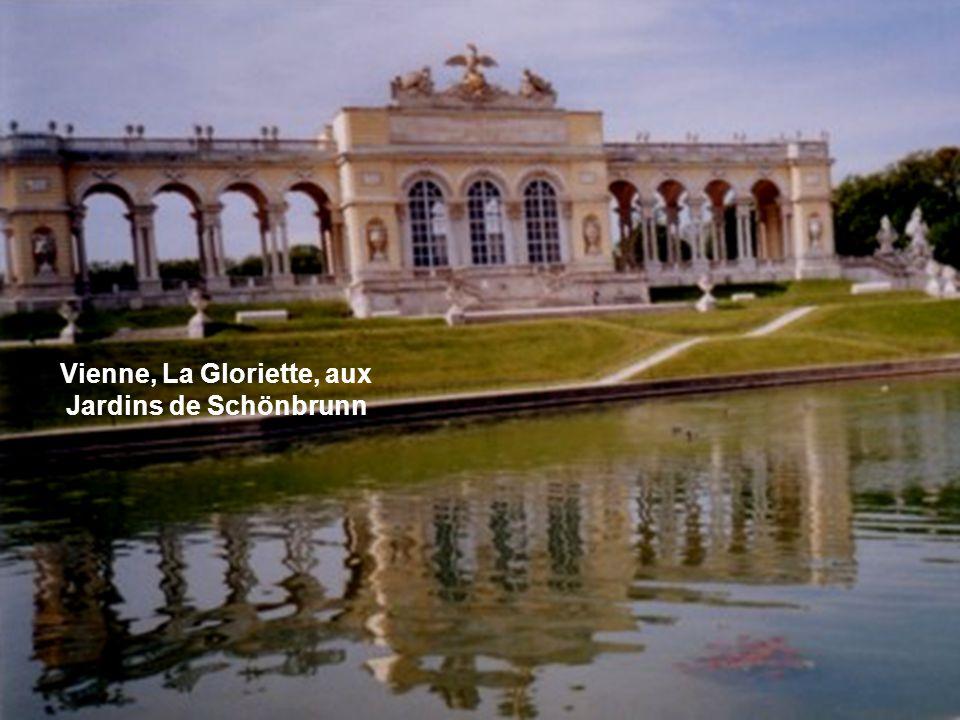 Vienne, La Gloriette, aux Jardins de Schönbrunn