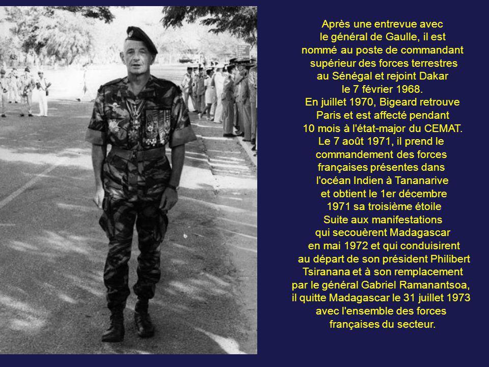 De juillet 1960 à janvier 1963, Bigeard prend le commandement du 6e RIAOM à Bouar en République centrafricaine. Après un bref passage à l'école supéri