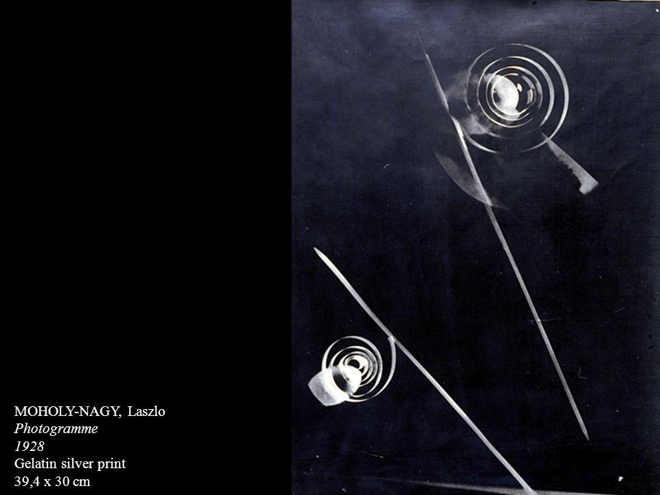 MOHOLY-NAGY, Laszlo Photogramme 1928 Gelatin silver print 39,4 x 30 cm