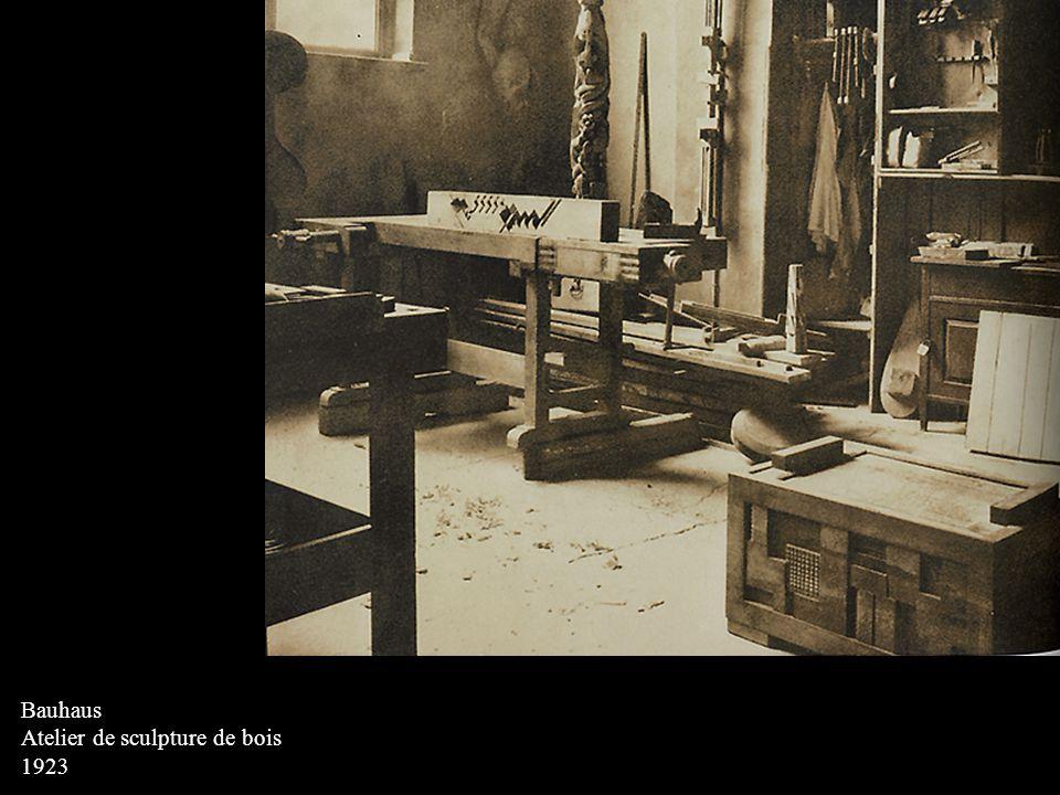 Bauhaus Atelier de sculpture de bois 1923