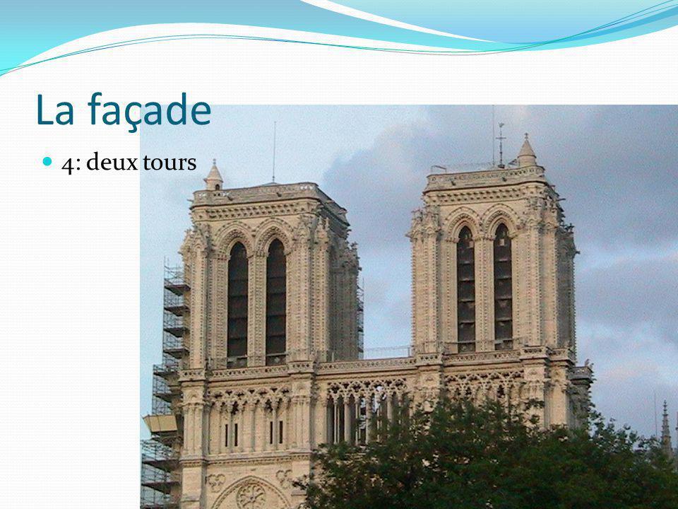 La façade 4: deux tours