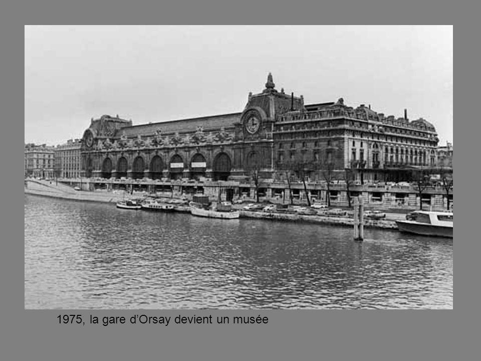 1975, la gare dOrsay devient un musée