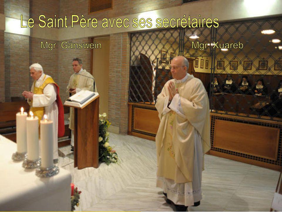 Nos aumôniers, de la Secrétairerie dÉtat, et lAssistant Général de la Visitation, P. Valentín Viguera