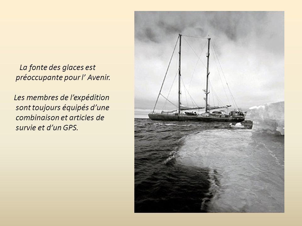 Le bateau sert de base polaire pour des expériences scientifiques pour mesurer le réchauffement climatique sur l Océan Arctique.