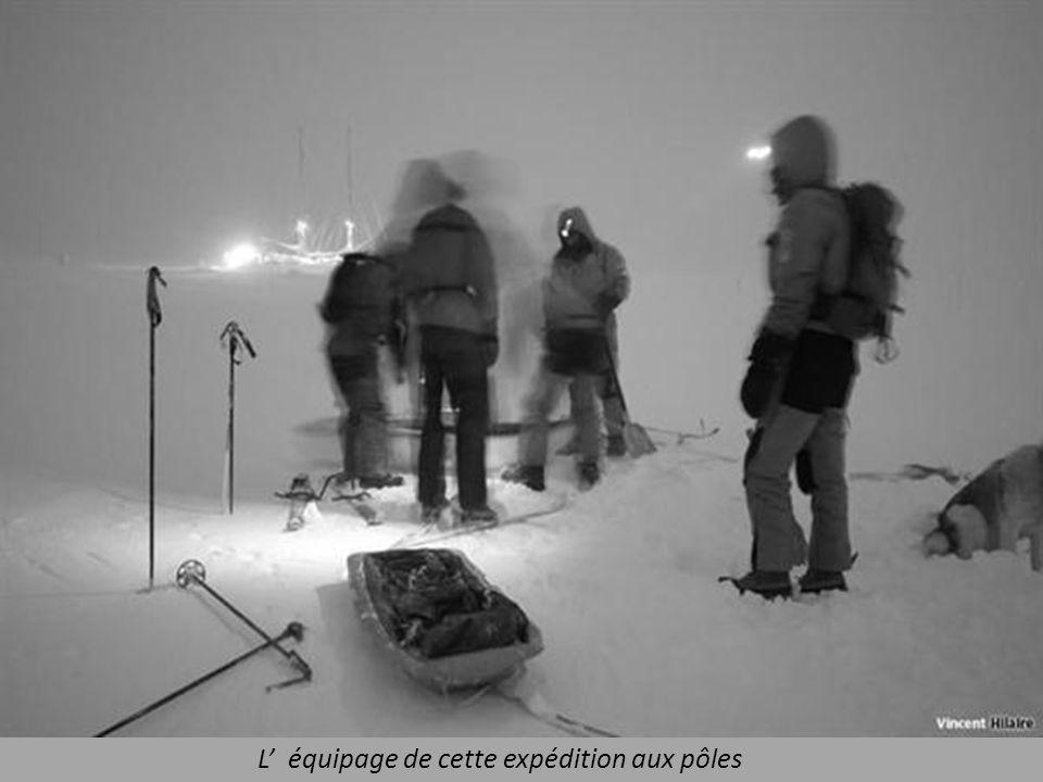 Anciennement Antartica, le voilier Tara résistant aux conditions difficiles.