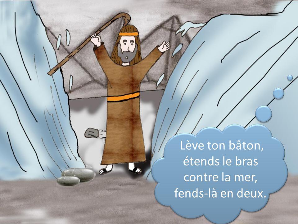 Et que les fils dIsraël pénètrent dans la mer à pied sec.