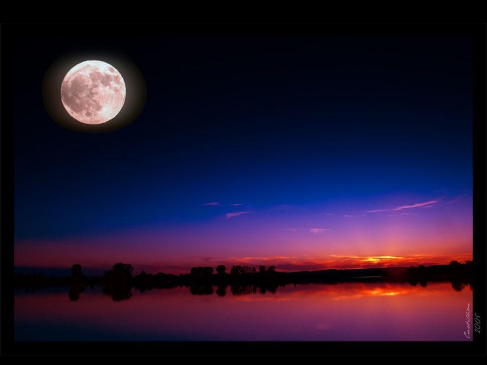 « Il y a des moments doublement mélancoliques et mystérieux, où notre esprit semble éclairé à la fois par le soleil qui se couche et par la lune qui se lève.
