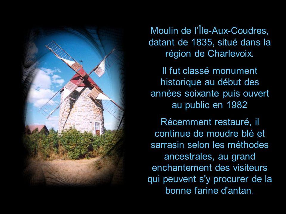 Un moulin à vent est un moulin dont le mécanisme est mû par lénergie éolienne cest-à- dire mis en mouvement par le vent.