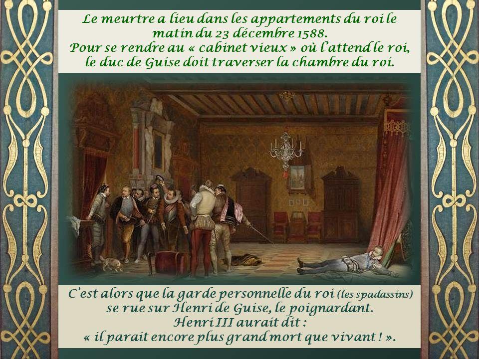 En 1576, le roi Henri III se voit obligé de convoquer par deux fois les Etats Généraux à Blois. On y réclame la suppression de la religion protestante