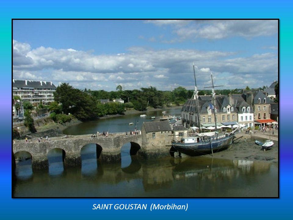 SAINT CADO (Morbihan) Ile de la ria dEtel