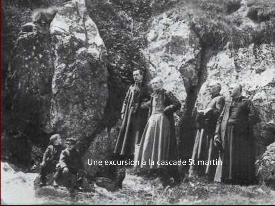 Il fallut linspiration dun Jacint Verdaguer et le souffle dun Mgr Jules de Carsalade du Pont pour entreprendre la restauration de ce qui ne ressemblait plus quà des ruines.