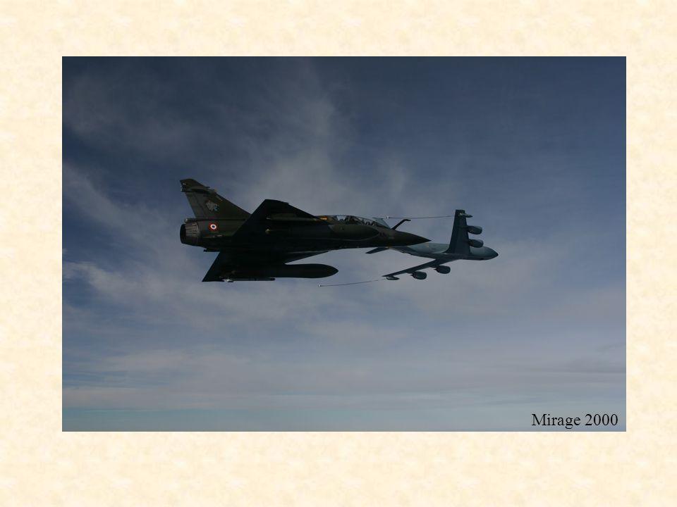 C135 FR Mirage 2000