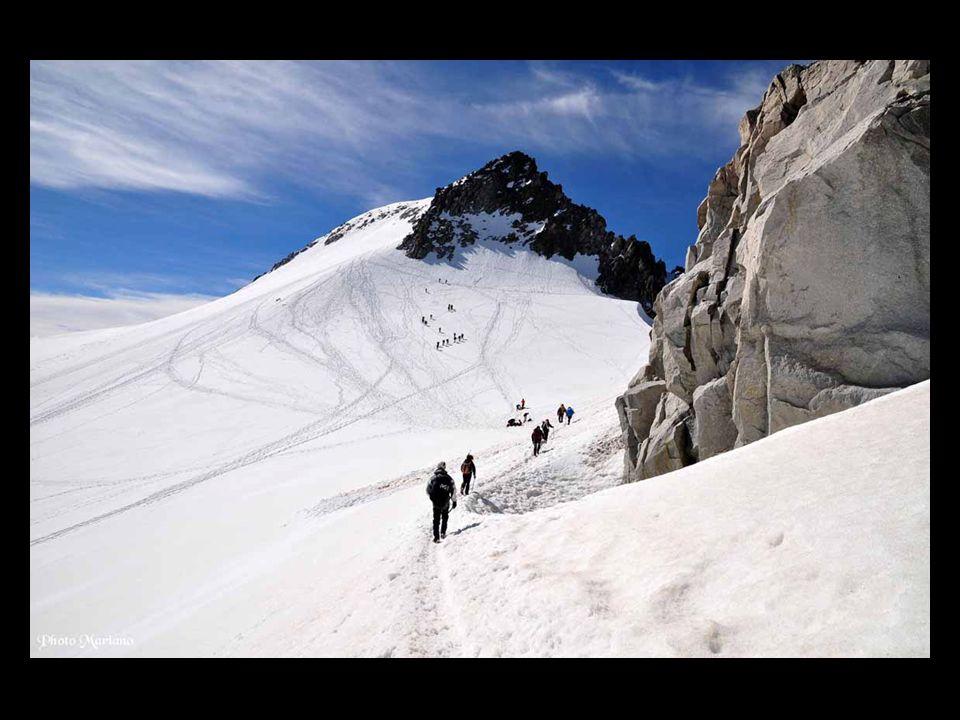 ...... Glacier de lAneto (3000m)