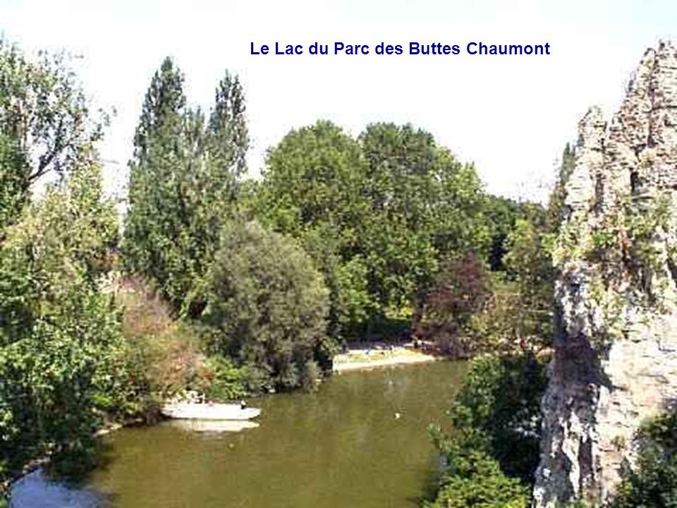 La pelouse du Parc de La Villette