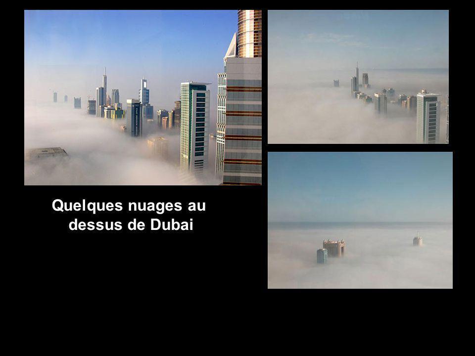 Quelques nuages au dessus de Dubai