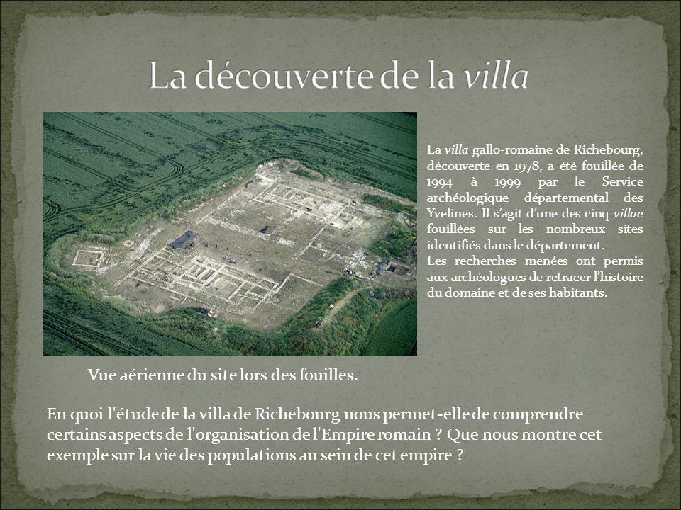 Vue aérienne du site lors des fouilles.