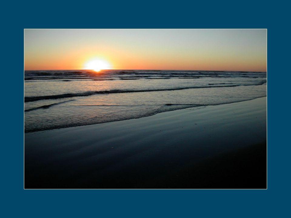 Tu ne peux pas retenir le temps. Il passe. Il coule entre tes doigts comme l'eau de la fontaine. Il glisse dans ta main comme le sable de la mer.