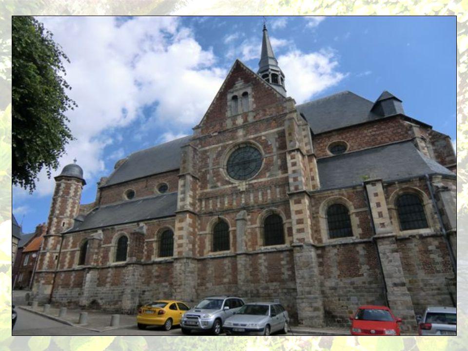 Le collège des Jésuites fut bâti en 1580 par Henri de Loraine, duc de Guise.