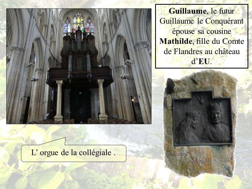 La Collégiale Notre Dame est une belle église du XIII siècle Considérée comme un chef dœuvre par lillustre Violet-le-Duc.