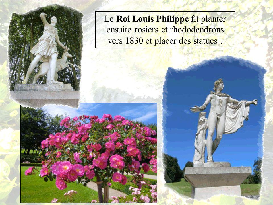 Vers 1665 Anne Marie Louise dOrléans la Grande Mademoiselle, Comtesse dEu fit remblayer une enceinte militaire pour créer un jardin près du château