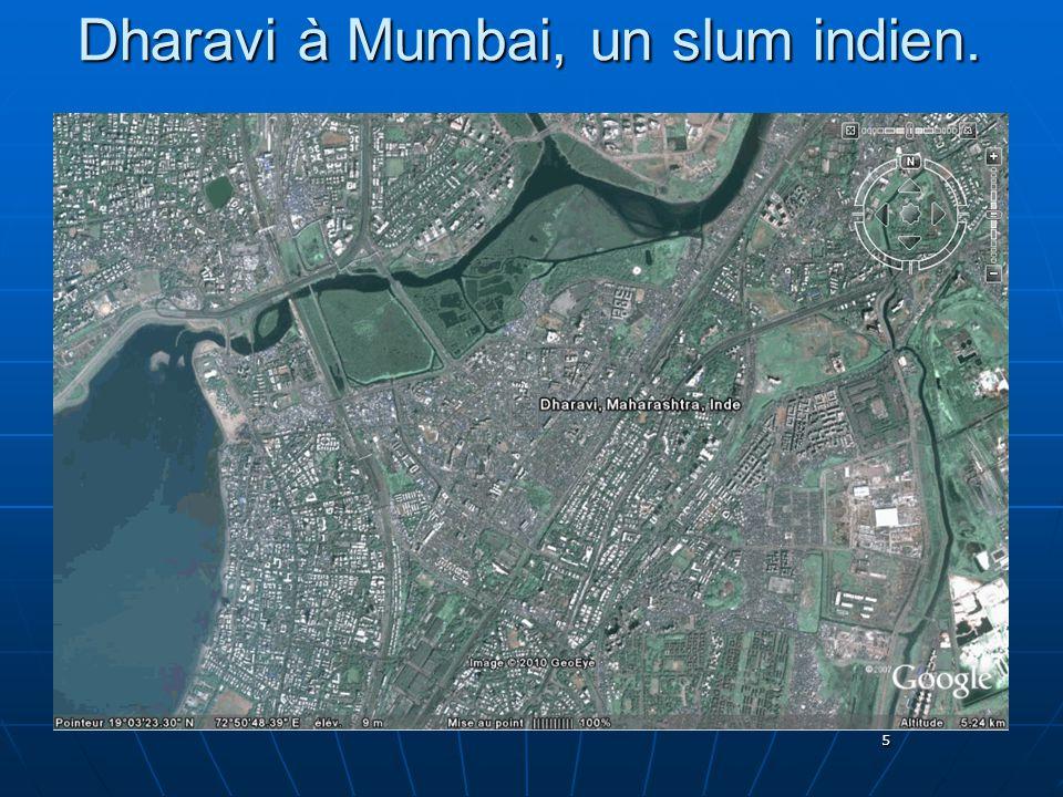 5 Dharavi à Mumbai, un slum indien.
