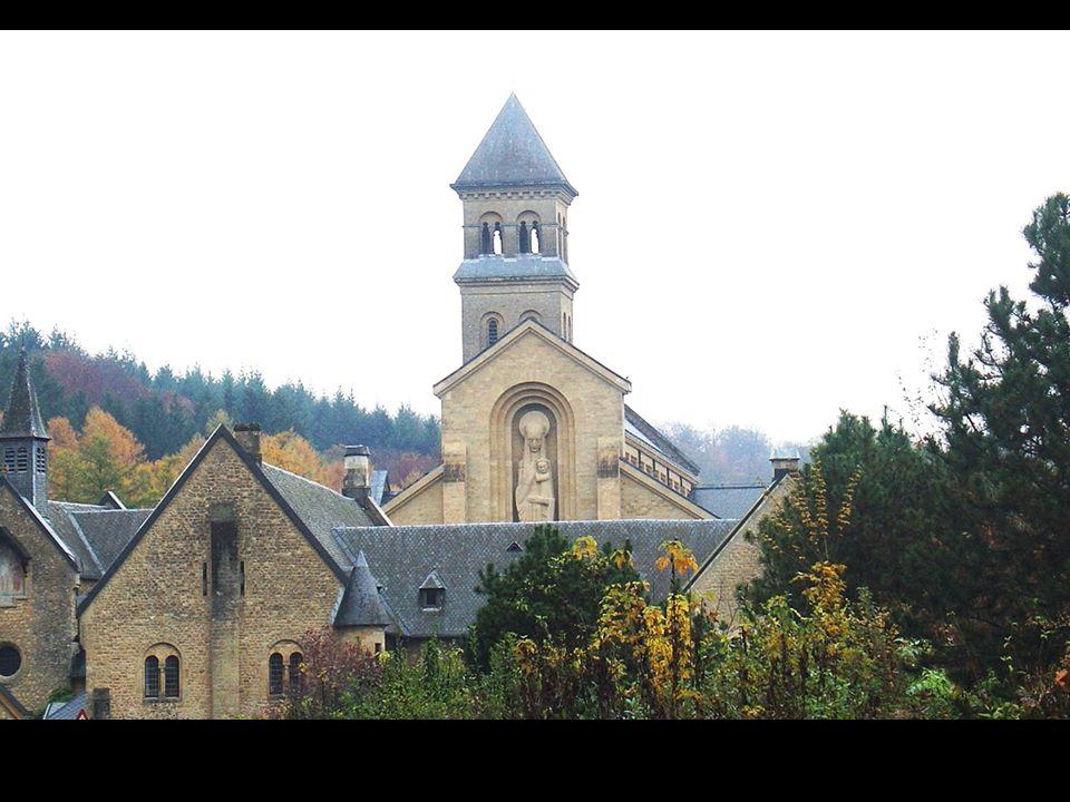 L histoire de l abbaye commence par une charmante légende.